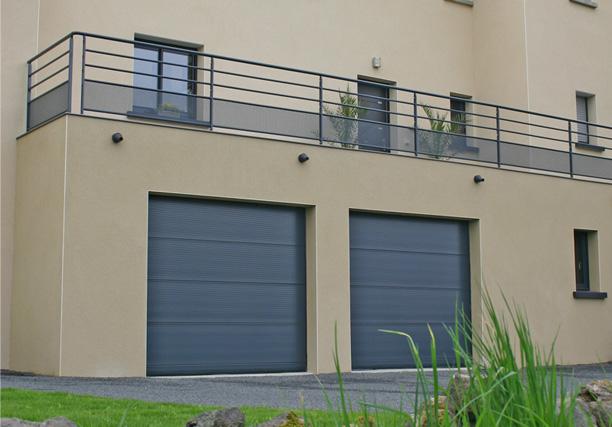 Portes de garage menuiserie blanc for Fenetre 7016